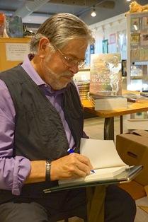 XL Author Ian Prattis preview